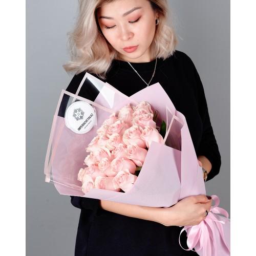Купить на заказ Букет из 25 розовых роз с доставкой в Шардаре