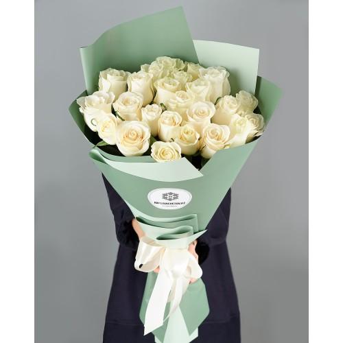 Купить на заказ Букет из 25 белых роз с доставкой в Шардаре
