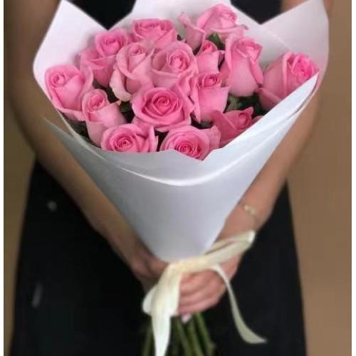 Купить на заказ 15 розовых роз с доставкой в Шардаре
