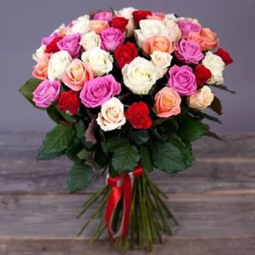 Купить на заказ Букет из 31 розы (микс) с доставкой в Шардаре