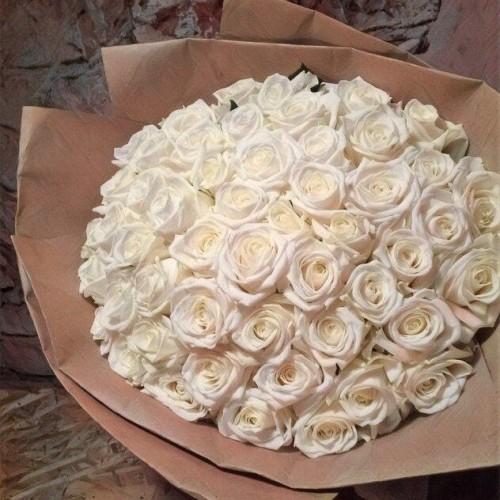 Купить на заказ Букет из 101 белой розы с доставкой в Шардаре